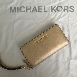Michael Kors Jetset Pale Gold Leather Wallet